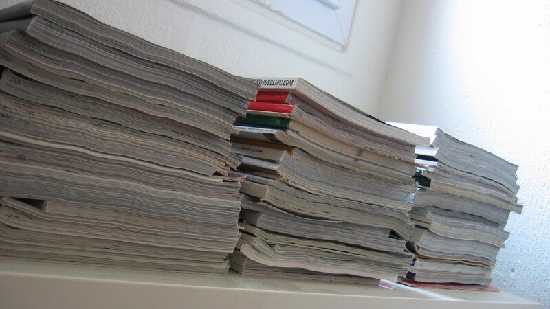 As 4 more social media magazines arrive in print format, we ask…why?