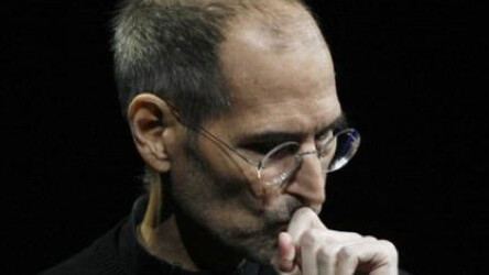Sony Pictures to make Steve Jobs biography into a movie