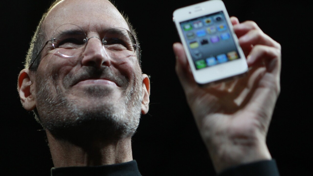 With Apple's Sprint deal, did the maker just become the carrier?