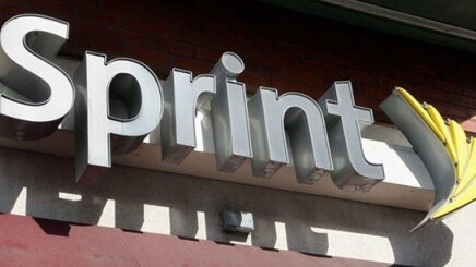Sprint 'needs to buy' 30.5 million iPhones over 4 years, that's $20B worth at $655 per phone