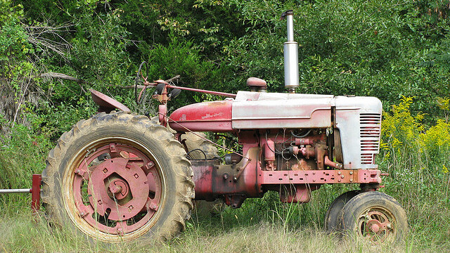 Jobs Tractor checks Twitter for developer jobs so you don't have to