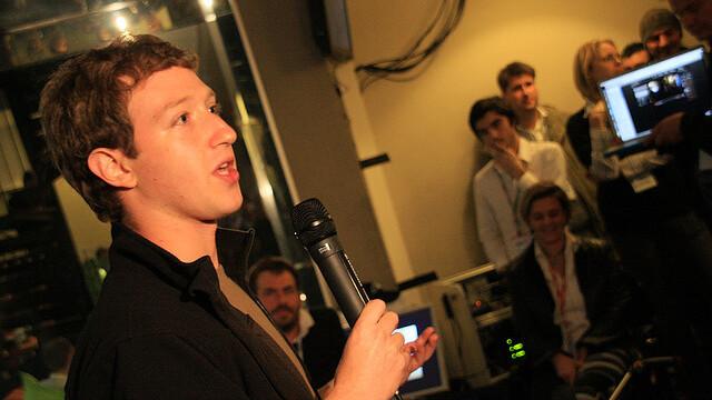 Mark Zuckerberg Discusses 'The Facebook' in 2005 [video]