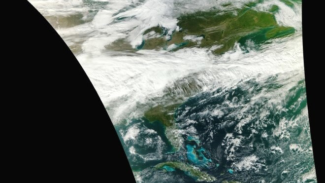 NASA's new weather satellite delivers its first crazy crisp image of Earth