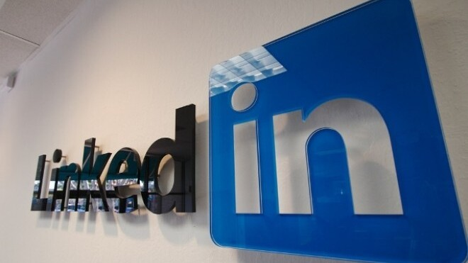 LinkOut: This app automates your LinkedIn networking
