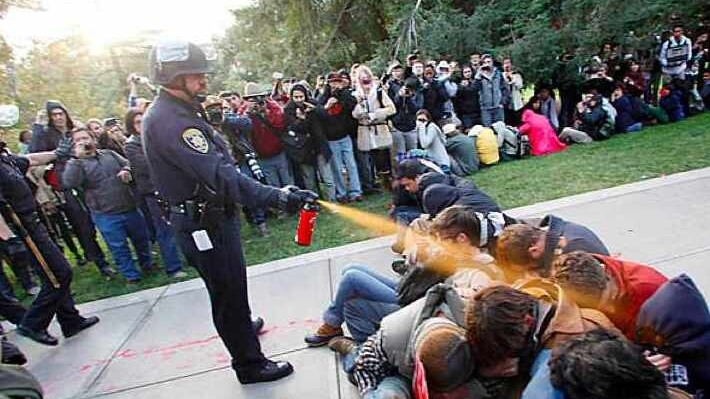 Why the Internet is talking about the pepper-spraying policeman