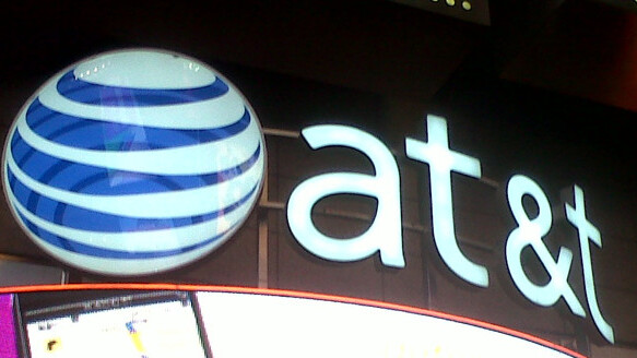 AT&T Says iPhone Customers Are Sticking With Them, Despite the Competition