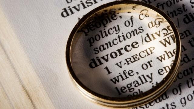 Digital divorce: Facebook is cited in a third of UK marriage breakups