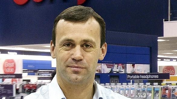 Apple names Dixons CEO John Browett as senior vice president of Retail