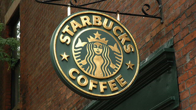 You can now pay with your iPhone at Starbucks in the UK