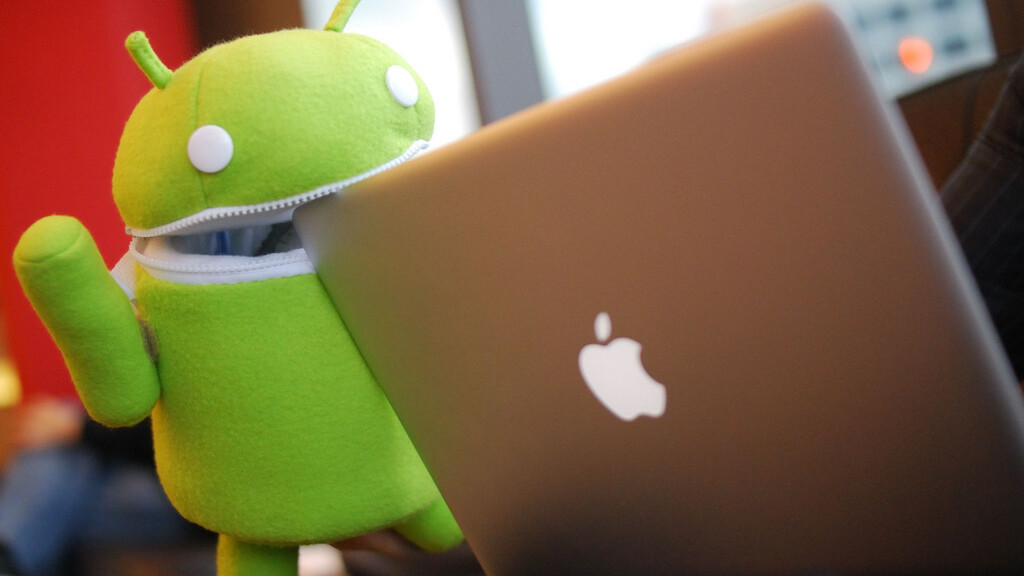 Android team 1-ups Apple by giving social support to developers using Google+