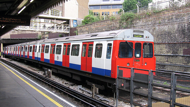 Wi-Fi access to roll out to 120 Tube stations in time for 2012 London Olympics