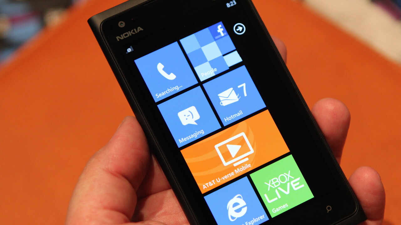 We took a closer look at the Nokia Lumia 900, yep it's great [Video]