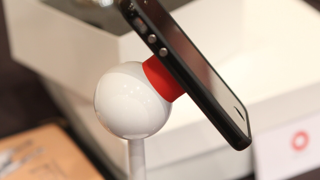 Looking for a striking stand for your iPhone? Check out this cool magnetic option [Video]