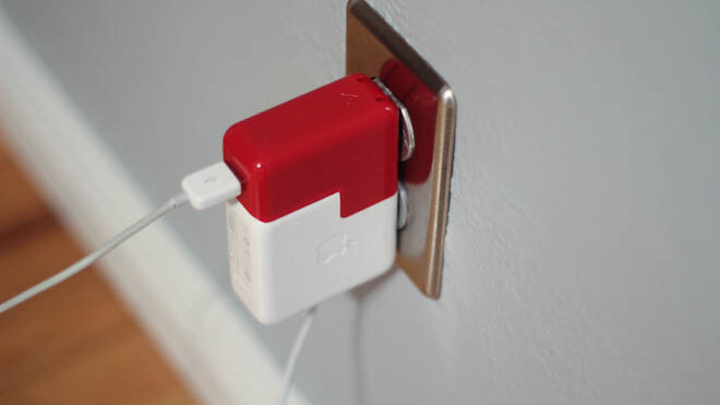 The Twelve South PlugBug: What a difference one extra USB port makes