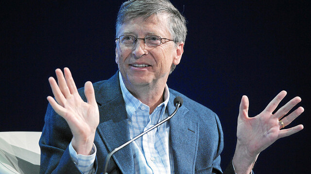 Watch Bill Gates' first encounter with a computer [video]