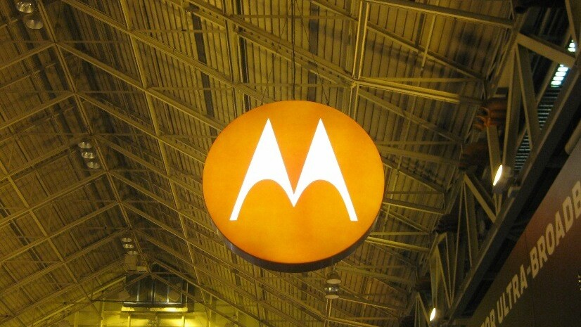Motorola Droid 4 unveiled; Verizon LTE 4G, 4-inch qHD display and half an inch thick