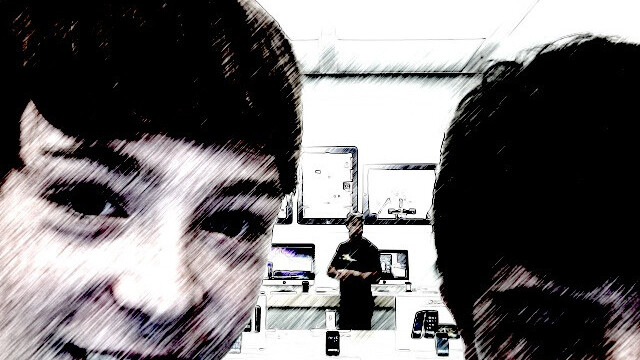 Artist uses 1,000 self-taken photos by Apple Store shoppers for art exhibition