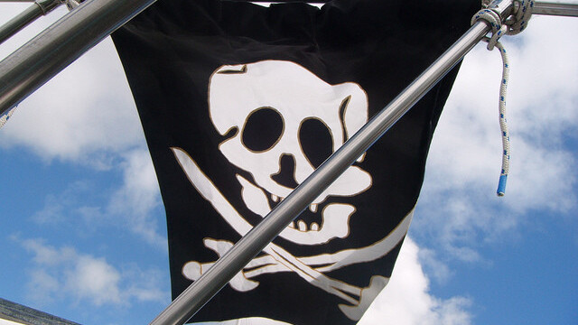 As promised, The Pirate Bay officially drops torrent files for Magnet links