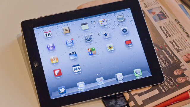 Shanghai court rejects iPad ban, gives Apple some respite in trademark fight