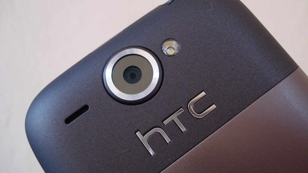 HTC upbeat despite forecasting a 36% drop in quarterly revenue