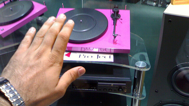 The ink is dry: Turntable.fm has gone legit with 4 huge label deals