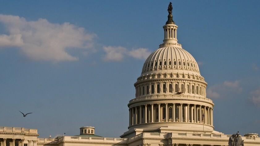 Verizon, Comcast push spectrum sale, marketing partnership to Congress
