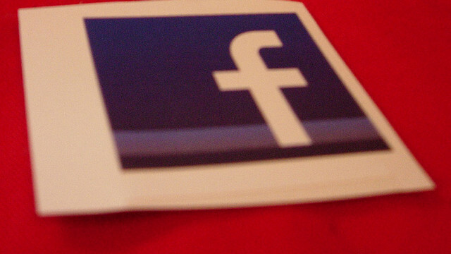 """Facebook likely to start letting you put brand pages into lists, building an """"interest feed"""""""