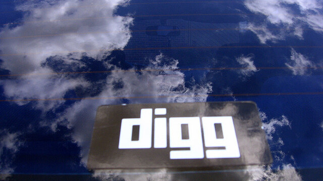 Facebook pumps new blood into flagging Digg: Mobile traffic up 29% since December