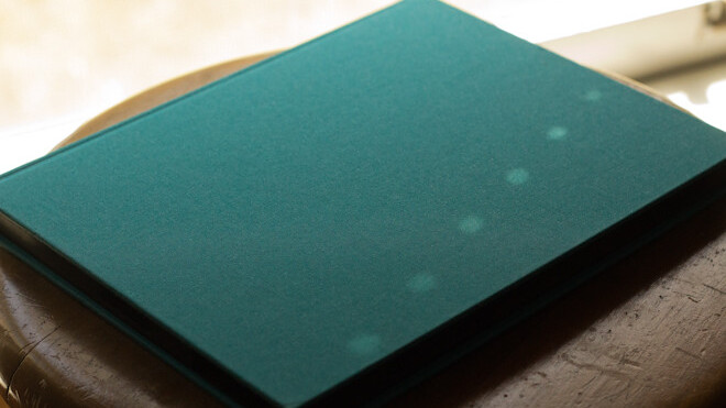 The Fieldfolio is a beautiful case for your new iPad that doesn't sacrifice toughness