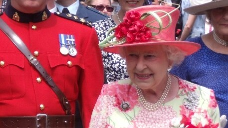 Google's project to mark the Queen's Diamond Jubilee will let you upload and 'pin' your own memories