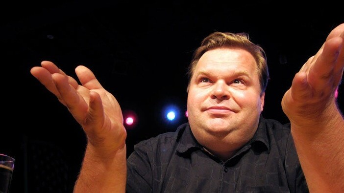 New York Times edits article by Mike Daisey it posted just after Steve Jobs' death due to fabrications