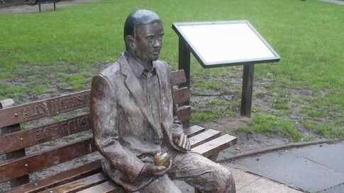 A petition to put computing legend Alan Turing on British banknotes hits 10,000 signatures