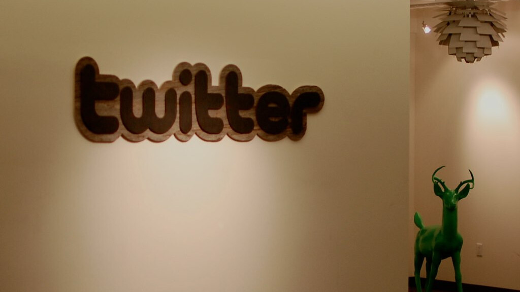 Twitter sharpens its focus on India with trending topics expansion, still trails rivals