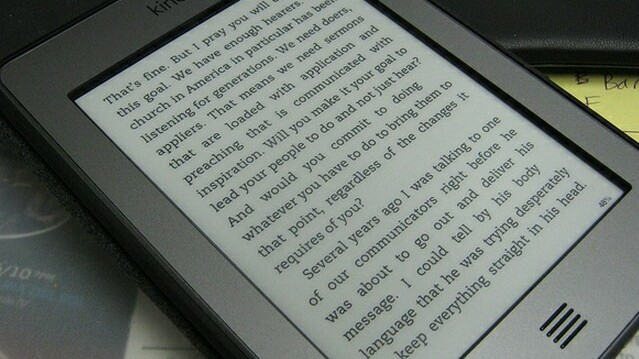 Amazon is shipping the Kindle Touch early to international customers