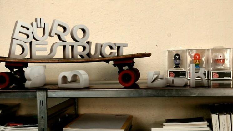 Edding 850 is a free modular font built by the famous Büro Destruct design studio