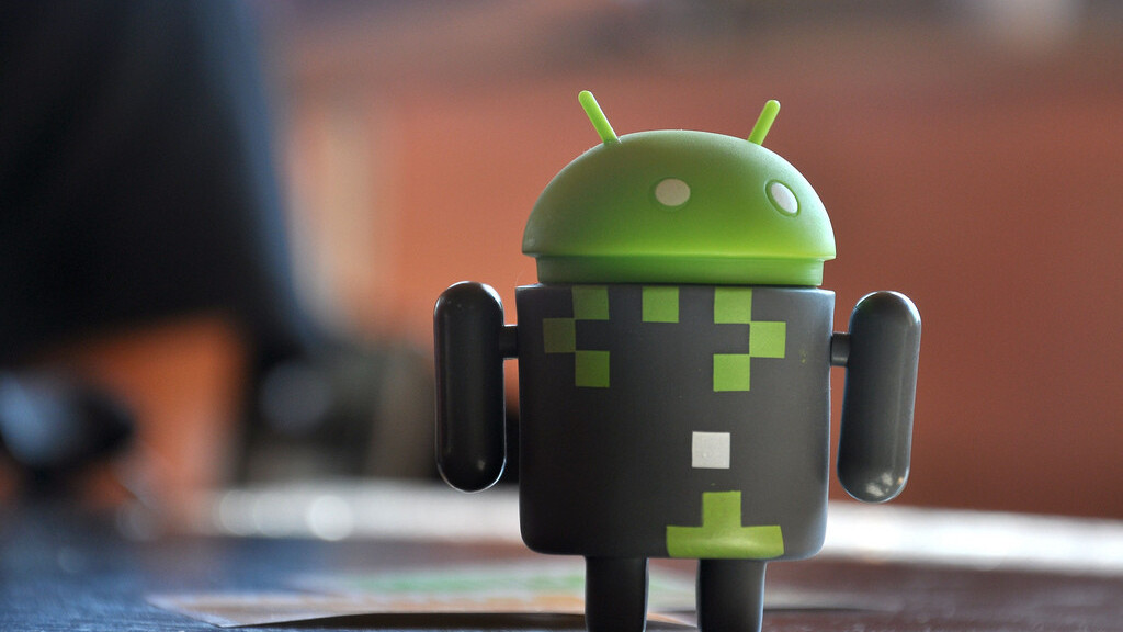 Google begins allowing all developers to respond to user comments and reviews on Google Play