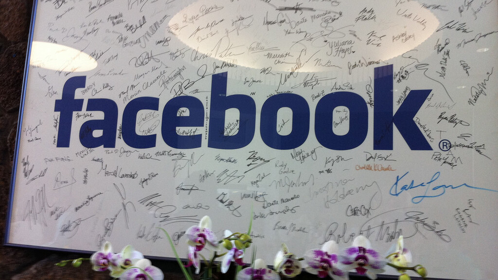 Facebook's pre-IPO hackathon kicks off with a standing ovation, hoodies and lots and lots of people