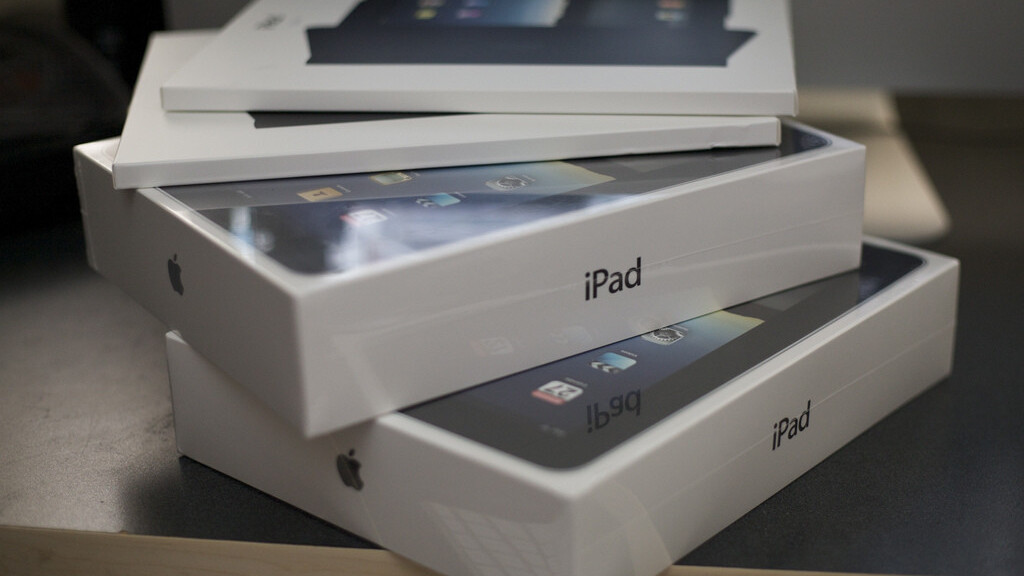 Confirmed: Apple's revised iPad 2 does enjoy better battery life, which bodes well for an LTE iPhone