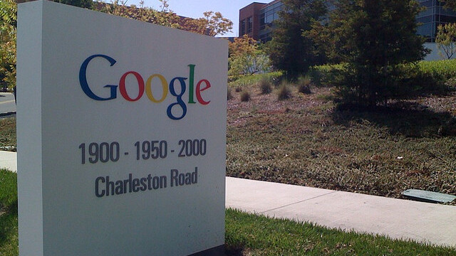 China finally approves Google's Motorola Mobility acquisition, deal likely to close next week