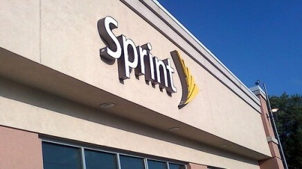 Sprint now offering $100 credit when you trade in an iPhone from any other carrier