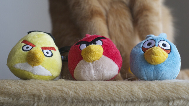 Rovio now lets Angry Birds players embed levels on Facebook and websites with 'Share & Play'