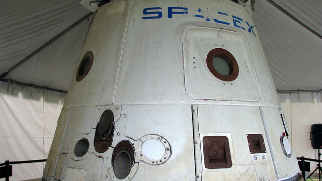Watch Elon Musk talk about SpaceX over 8 years before the Dragon docked with the Space Station