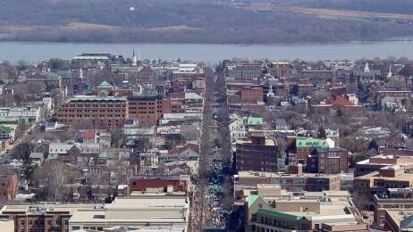 Alexandria, Virginia, tops Amazon's 20 most well-read US cities