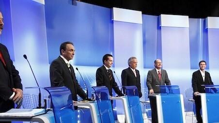 Naqeshny: A debating platform to help you make informed decisions
