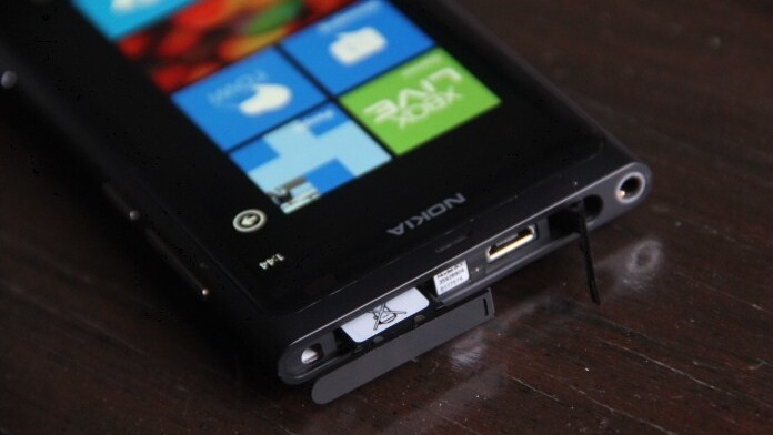Microsoft to build a Windows Phone handset? No, that's not very likely, Mr. Analyst