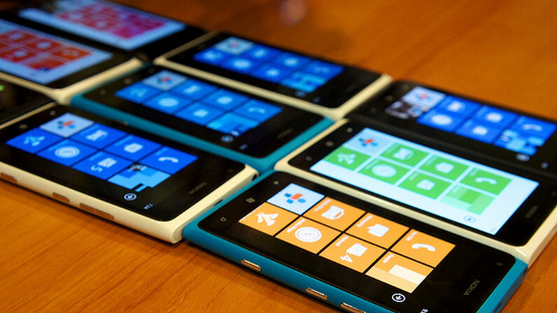 Purported leaked specs compare Windows Phone 7.8 to 8 – No IE10 for older handsets?