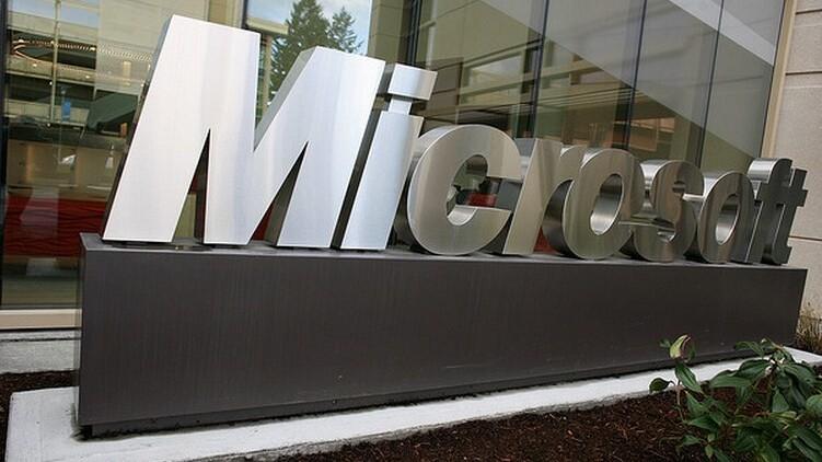 This week at Microsoft: Surface's pricing, Windows 8, and Flight's crash