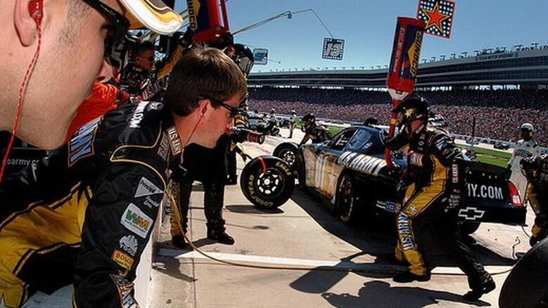 Watch this kid tear up the racetrack in a modified 500 watt .66 hp Pixar Powerwheel [video]