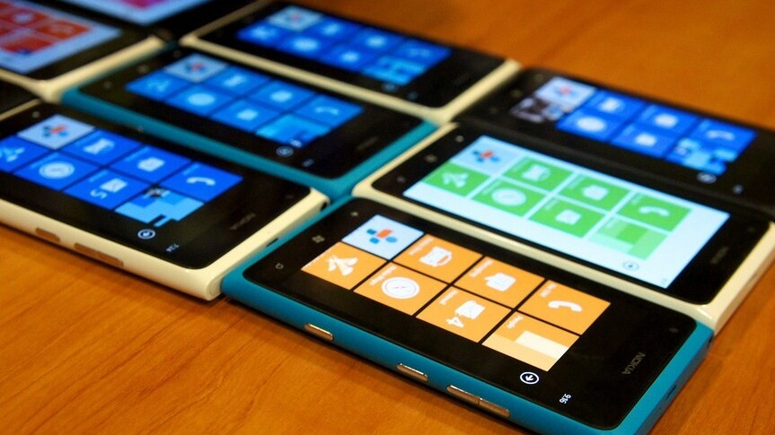 """Sudden clarity analyst: Windows phone doesn't sell well due to a """"lack of consumer interest"""""""