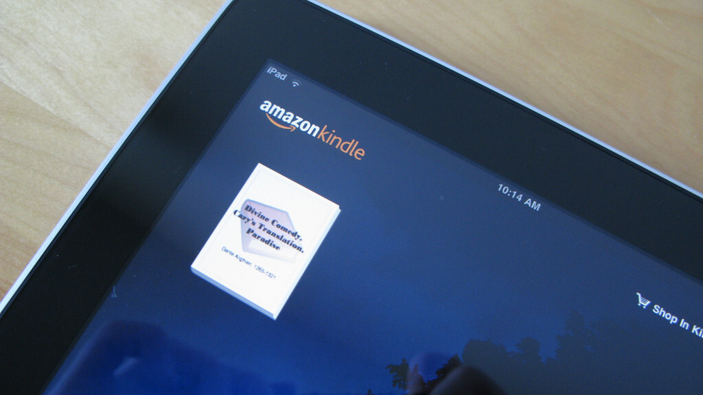 Amazon's Kindle app for iOS gets adjustable margins, better fonts and 'rapid highlights'